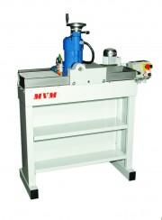 BM 400 - Máquina para afiação e lapidação de facas em metal duro